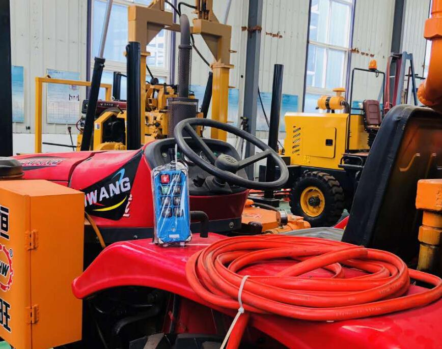 200 M Diepte Tractor Gemonteerd Waterput Booreiland Machine Te Graven Diepe Putten Voor Verkoop