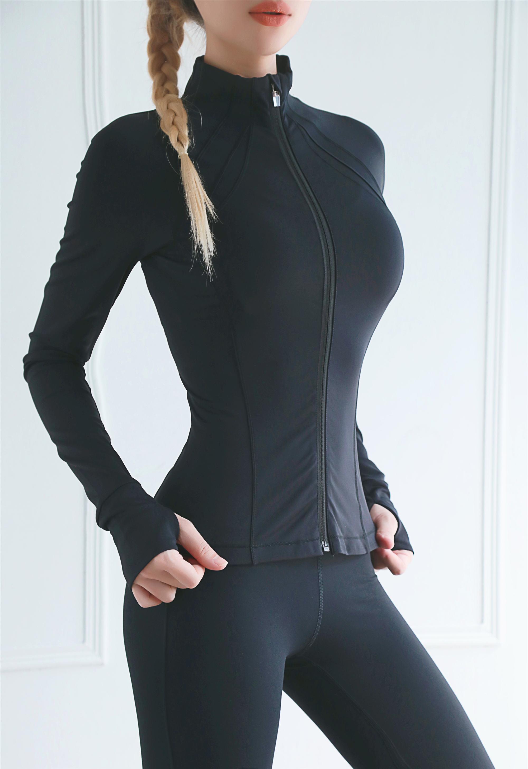 Women Jacket With Zipper 12