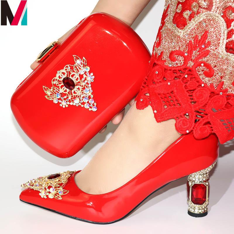 Venta al por mayor zapato amarillo fiesta Compre online los