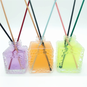 Hot sale square cosmetic packing reed diffuser glass bottle with embossment