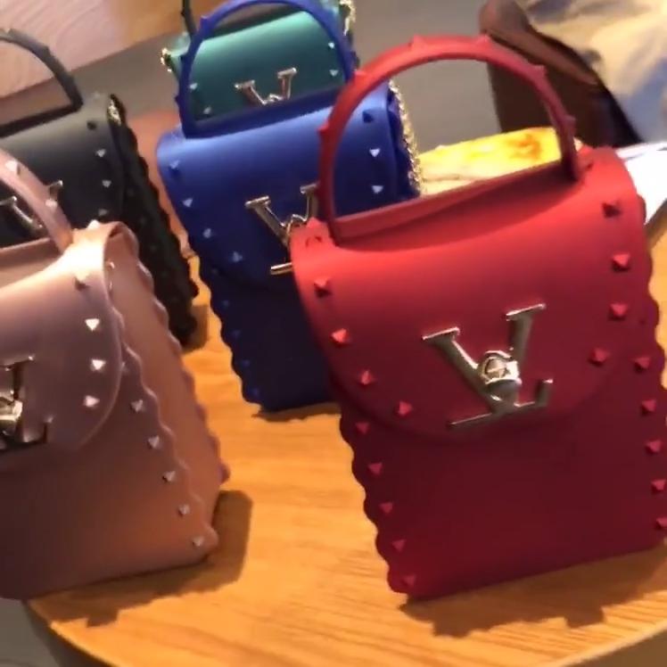 2020 नई पर्स और बैग महिलाओं के हैंडबैग मिनी सिलिकॉन पीवीसी देवियों फैशन हैंडबैग