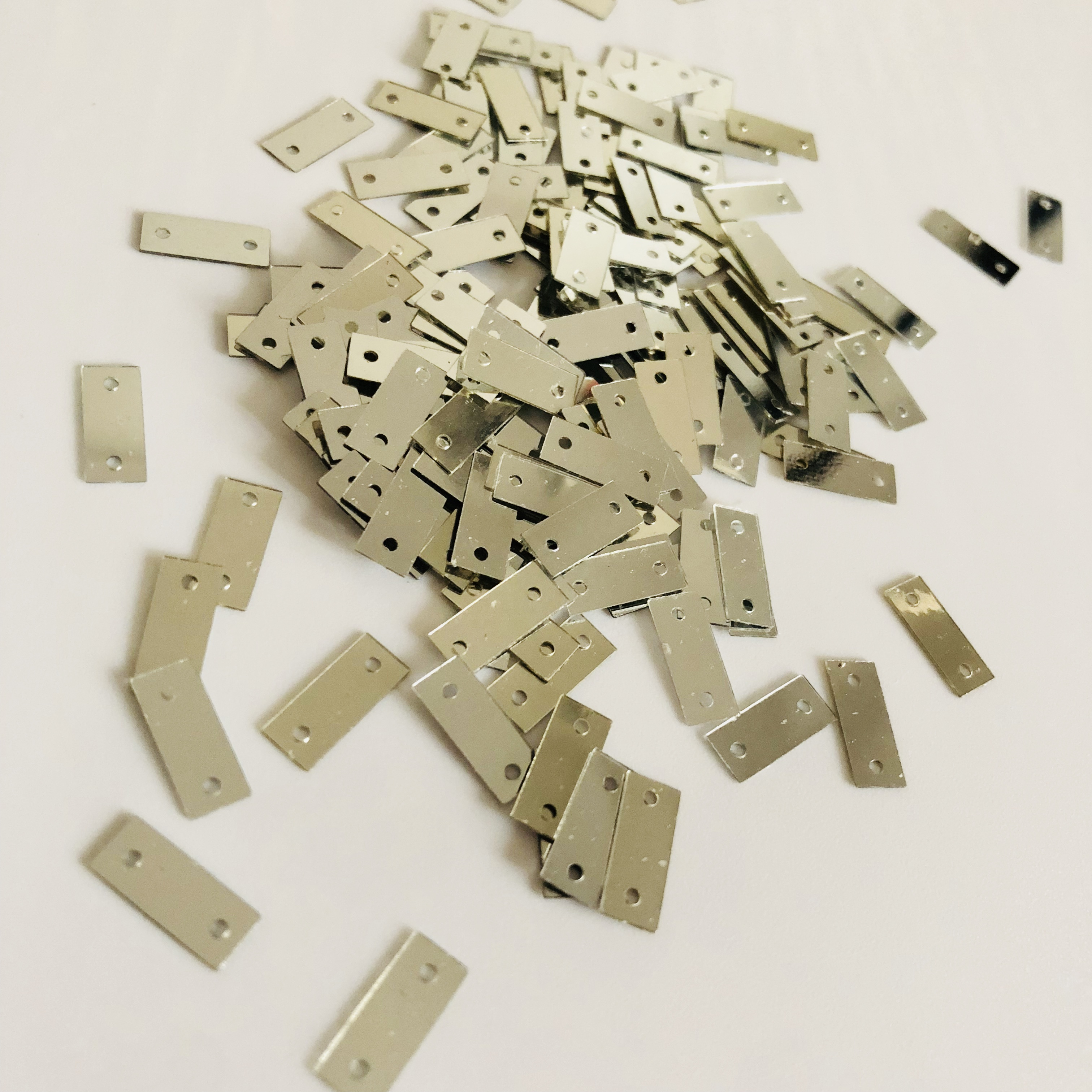 Hot selling decorative rectangle bulk loose silver sequins