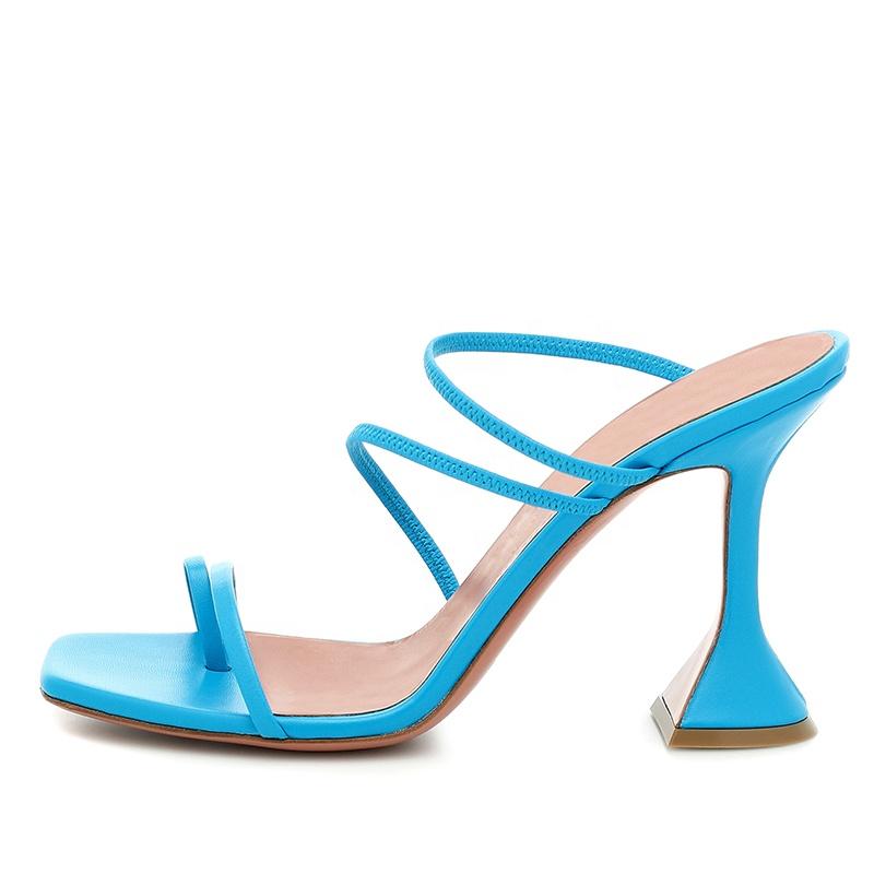 2020 на ремне с кольцом для пальца; Босоножки на высоком каблуке с квадратным носком; Сандалии с ремешками на высоком каблуке для женщин