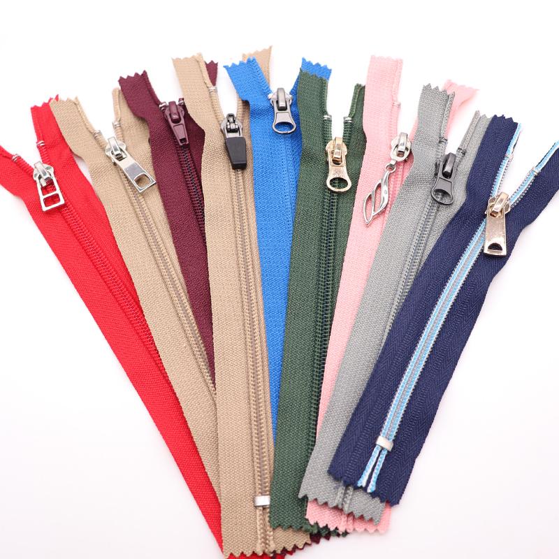 De china al por mayor cremallera colorida de nylon de la cremallera de la calidad de nylon de la cremallera de cierre final cremallera de nylon #3 para la ropa