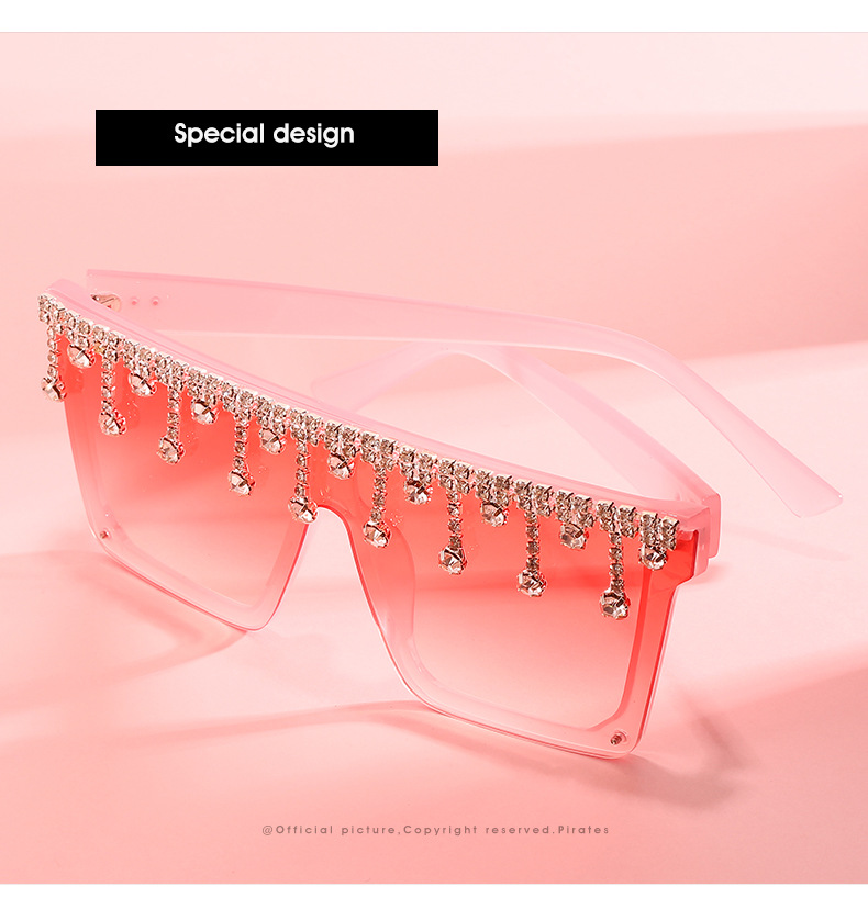New Square Diamond Oversized Sunglasses Women 2020 Big Frame Vintage Luxury Crystal Sun Glasses Pendant Rhinestone Shades UV400