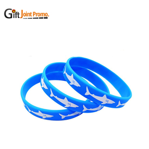 China Manufacturer Customized Cool Logo Brand Silicone Rubber Bracelet