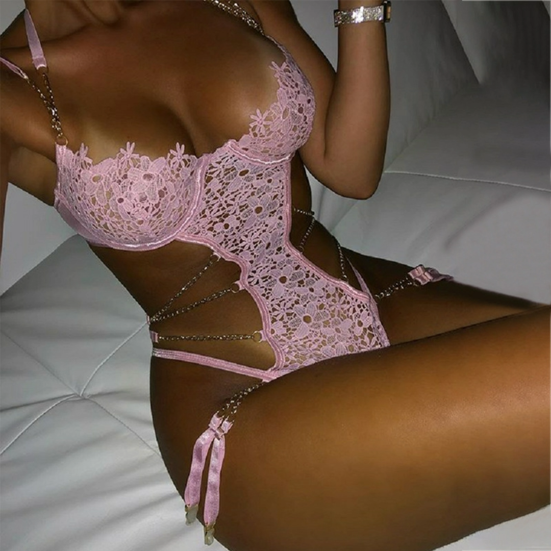 Hot selling pink sexy lace lingerie jumpsuits Metal chain sling backless ladies party hollow out lingerie set