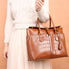 /product-detail/elegant-women-s-leather-top-handle-bags-new-fashion-ladies-alligator-embossed-leather-handbag-crocodile-tote-bags-jelly-handbags-62234835157.html