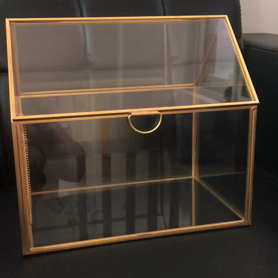 Tocador caja de joyería/Vintage de mesa caja de joyería de cristal de latón del Gabinete de exhibición = a granel cristal adornos de cristal de pantalla del gabinete