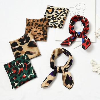 50x50cm INS Hot Women's Hair Tie Band Wrap Bandana Elegant Head Neck Scarf Satin Small Square Satin Leopard Print Silk Scarf