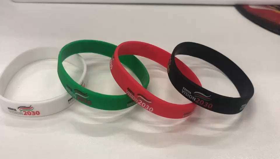 Custom Silicon Wristband Keychain Scale Making Supplies Imported From China
