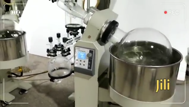 Laboratory Herb Essential Oil Extraction Distiller 10L Rotary Evaporator With Vacuum Pump