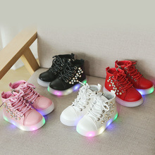 <span class=keywords><strong>Enfants</strong></span> Nouvelle Mode <span class=keywords><strong>Enfants</strong></span> <span class=keywords><strong>Chaussures</strong></span> Avec Lumière Lumineux Baskets Bébé Garçons Filles <span class=keywords><strong>Chaussures</strong></span> <span class=keywords><strong>Chaussures</strong></span> LED