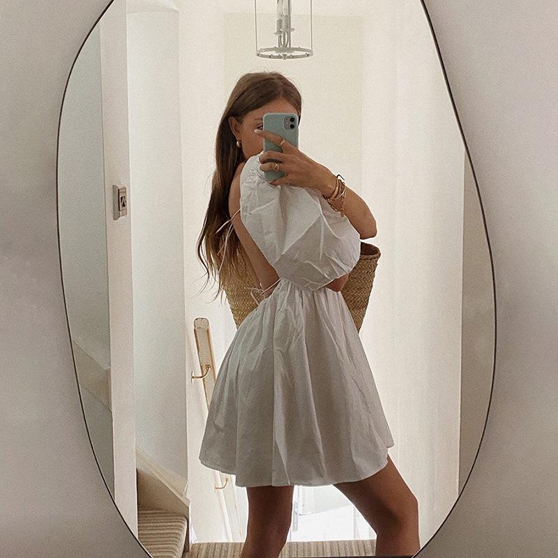 Mùa Hè Công Chúa Thiết Kế Puff Tay Áo Lại Mở Womens Bán Buôn Quần Áo Vintage Trắng Dresses 2020