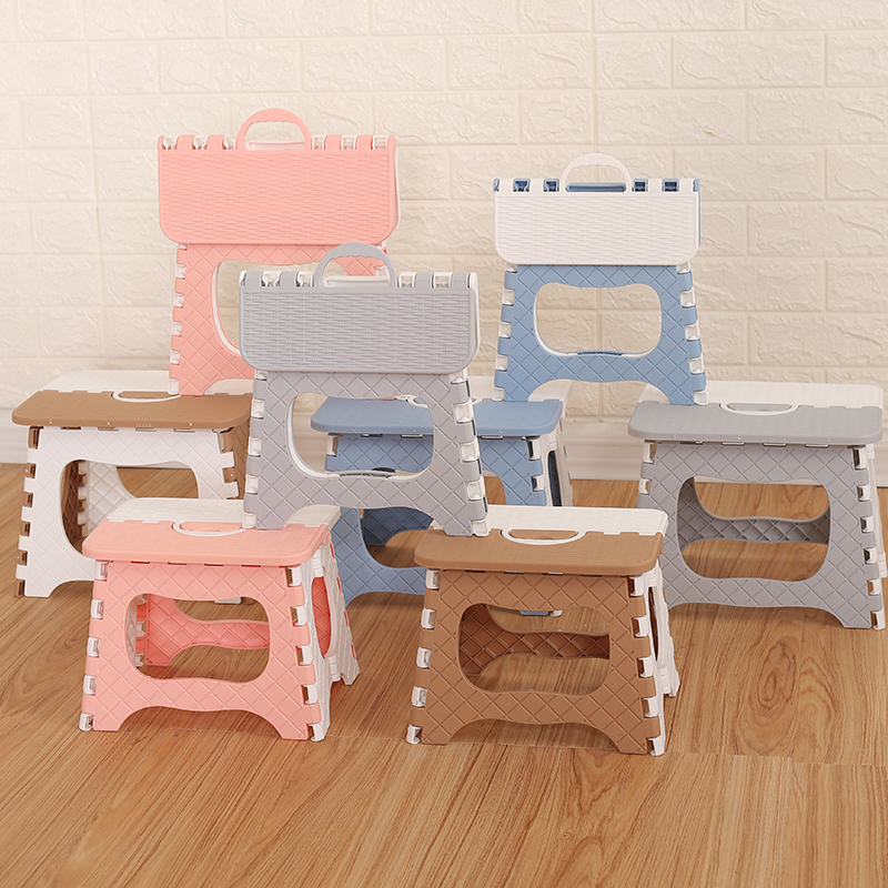 Amazon Hot Sale Foldable Lightweight Sturdy Plastic Folding Step Stool for Kitchen Bathroom Bedroom Kids or Adults