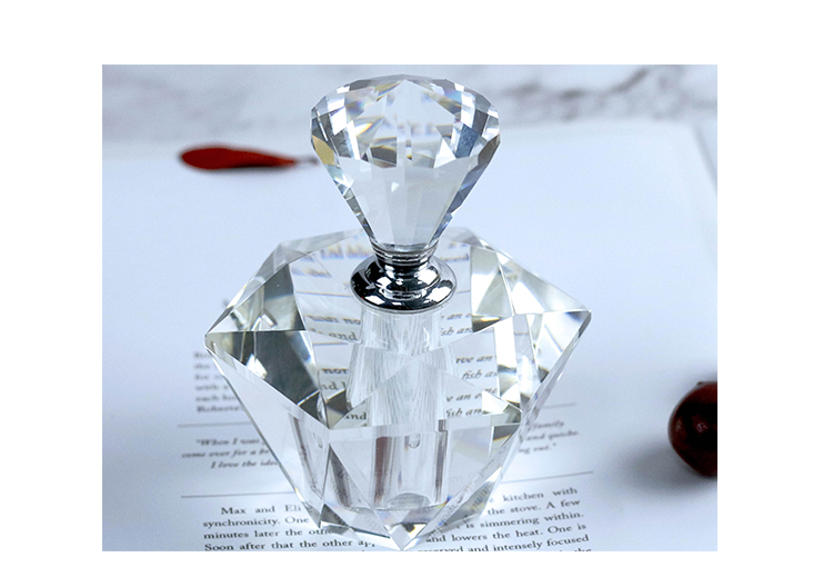 High quality small volume clear crystal perfume bottle