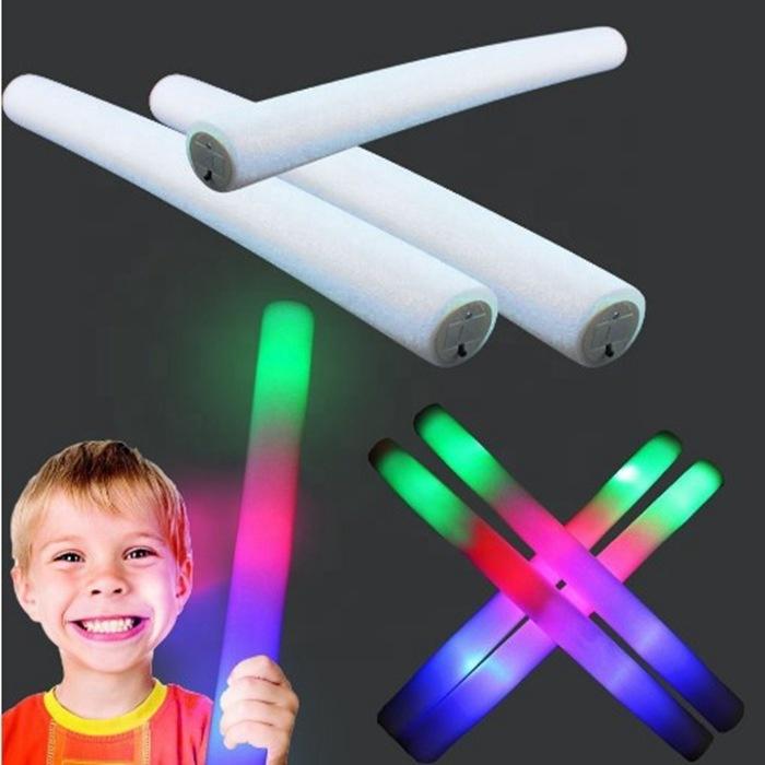 卸売工場グロースティックバルク大人と子供カスタムパーティーパック LED 泡スティックグロー警棒