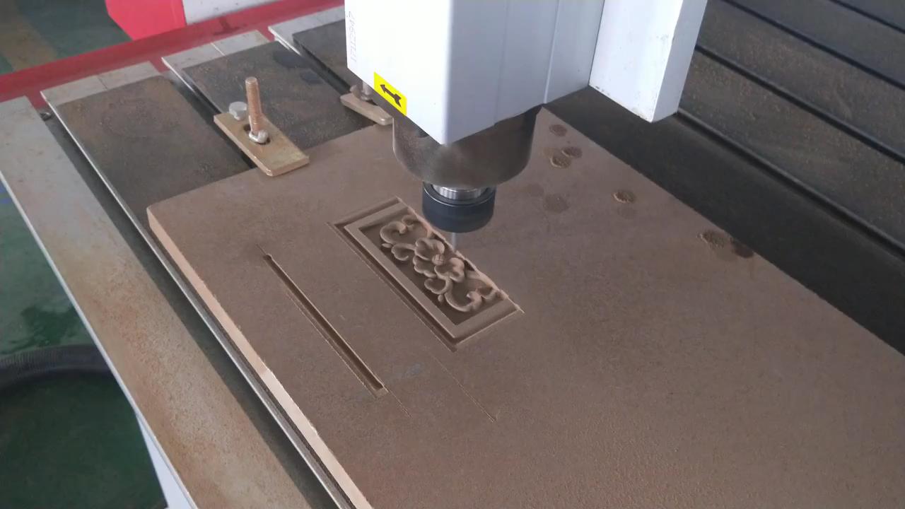 ATC ahşap kapı dolap mobilya yapımı oyma oyma imalat CNC Router