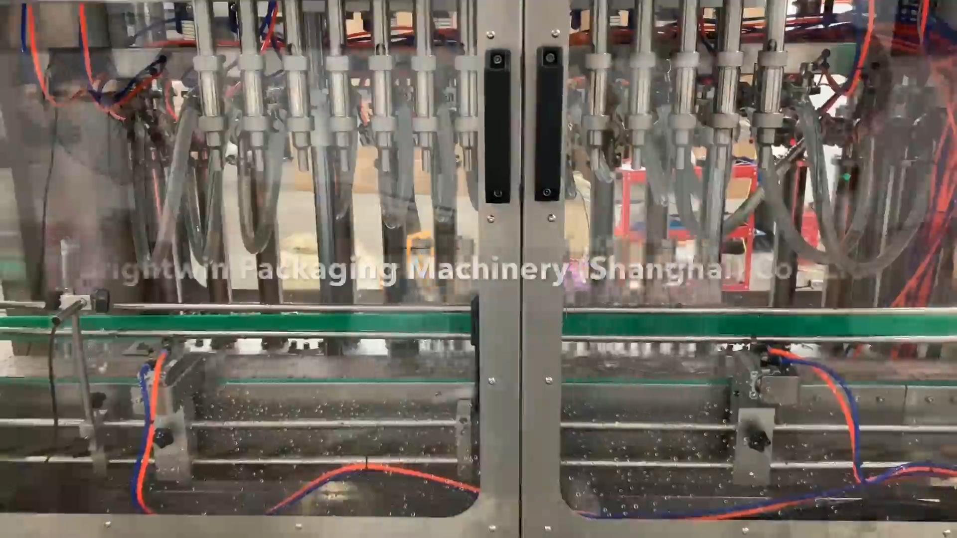 Produttore di vari liquidi, di spessore liquido, liquido viscoso riempimento tappatura ed etichettatura macchina