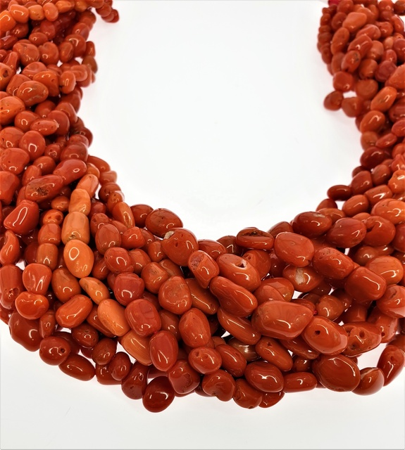 Natural Italian Coral Rough Beads Top Quality Coral Rough Quality T593 Nugget Beads Nugget Shape 72 Cts 8--3 MM 14Inches Strand AA