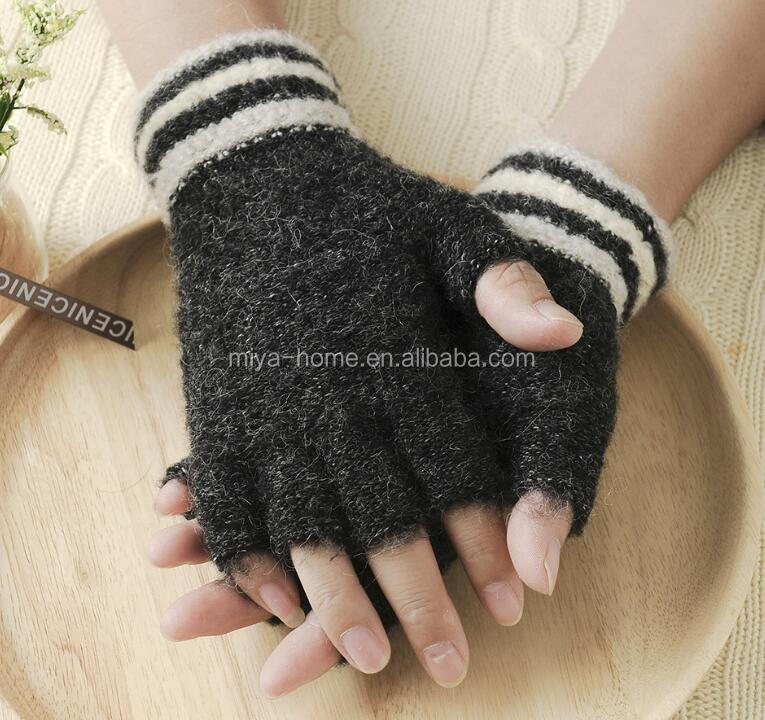 Winter fashion men's and women's warm knit magic gloves / outdoor cold padded student adult gloves