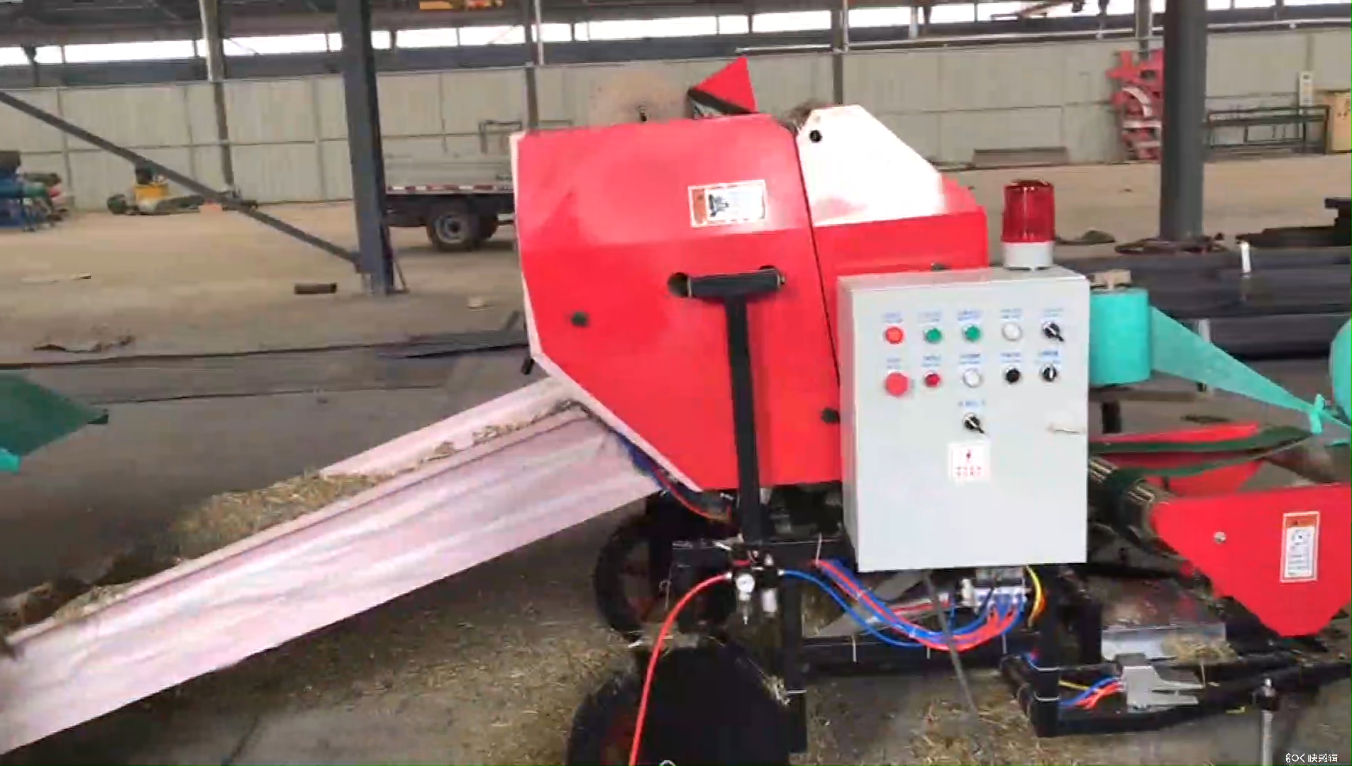High-efficiency fully automatic straw silage baler and wrapper machine