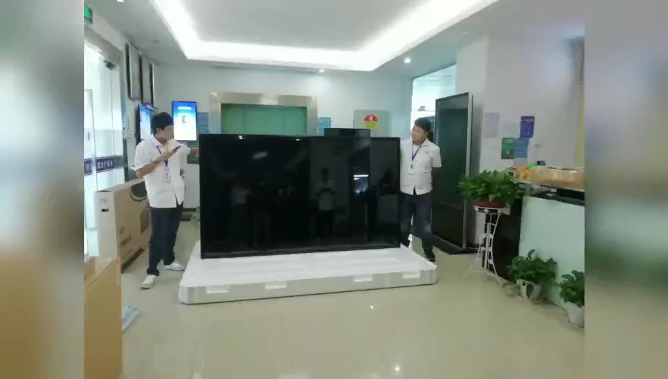 factory direct sales 4k hd lcd display touch screen smart tv  wall mount digital signage for exhibition hall
