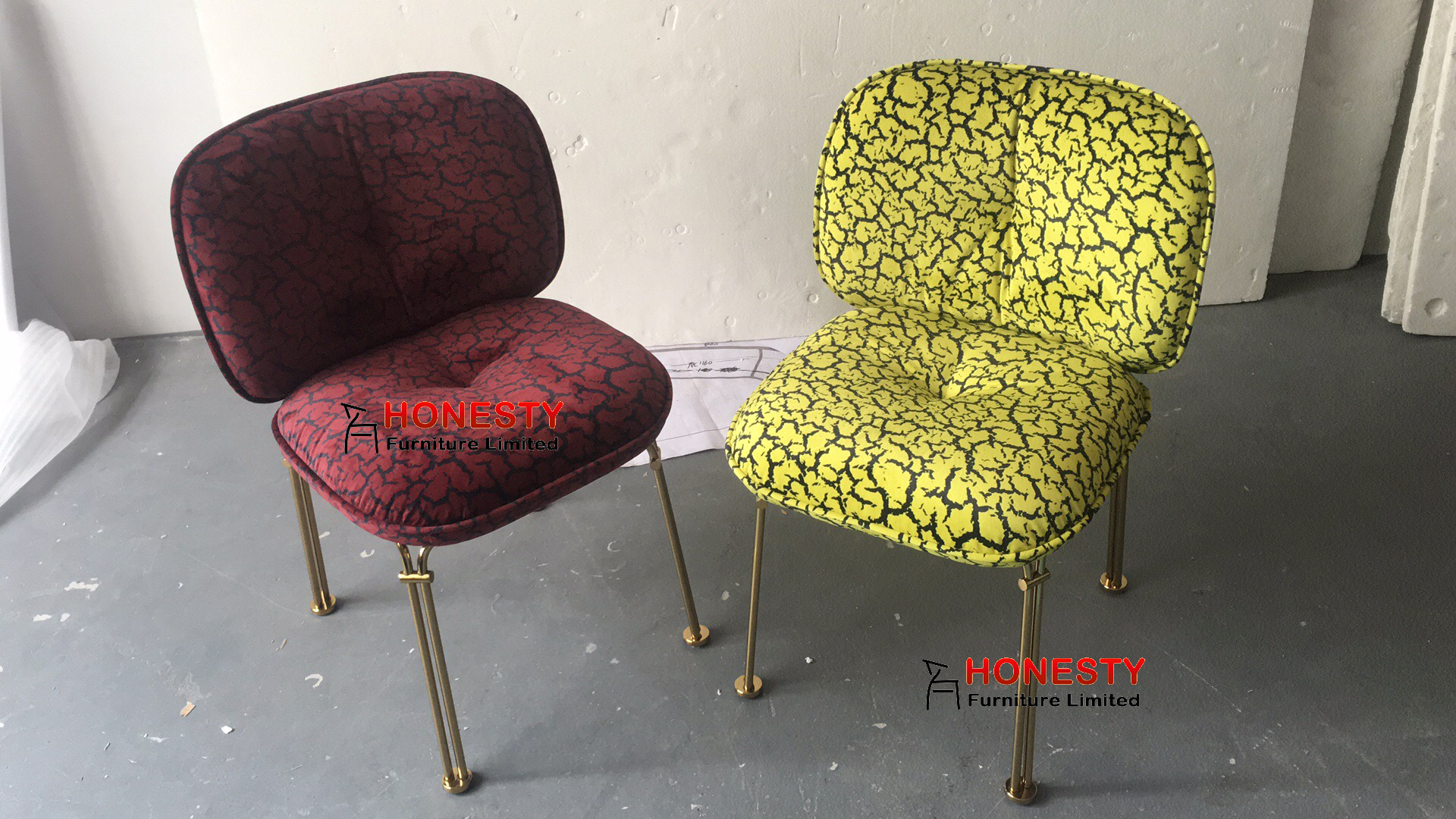 HC216 New Design Luxury Modern Metal Brass Gold Stainless Steel Upholstered Fabric Velvet Restaurant Dining Room Maddo Chair