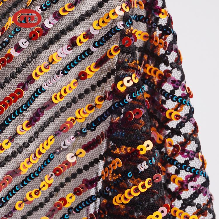 חדש סגנון 1 מטר מדגם תחפושת רשת זהב נצנצים רקמת בד