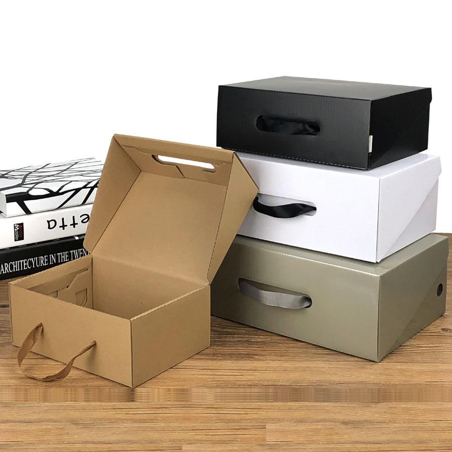 Custom scatole di scarpe con logo personalizzato all'ingrosso di scarpe pp scatola di imballaggio di Cartone Ondulato kraft standard di carta di formato scatola di scarpe