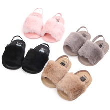 Nieuw ontworpen goedkope Faux fur soft cotton sole anti-slip prewalker outdoor <span class=keywords><strong>baby</strong></span> sandalen