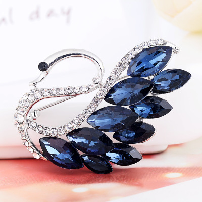 Fashion Exquisite Luxury Dress Decoration CZ Crystal Red Goldfish Brooches Jewelry