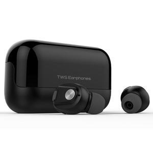 2020 RealTek Wireless TWS Earphones BT5.0 Earbuds with Charging Case 500mAh Headphones D18 Waterproof Headset Manufacturer