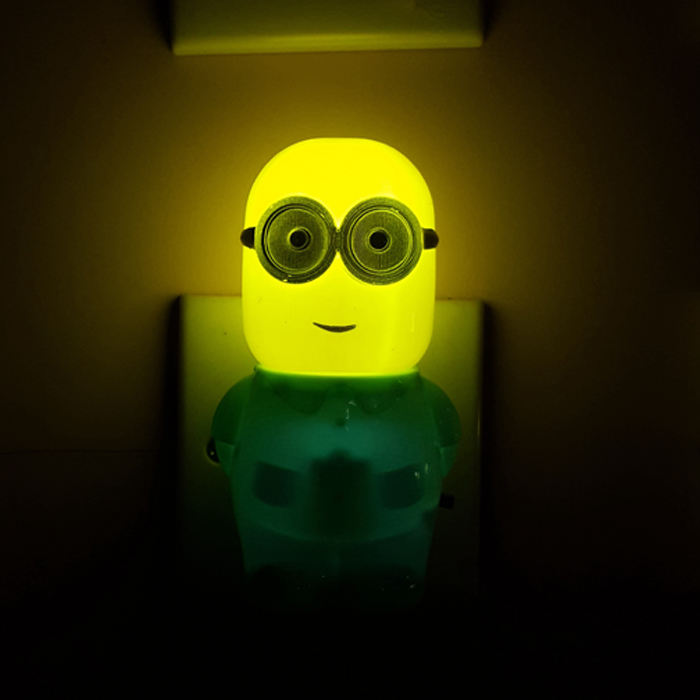W121 Popular Minions switch plug in led night light For Baby Bedroom child gift wall decoration