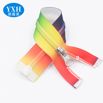 Custom green yellow black white red seven colors colored nylon environmental protection zipper