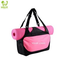 Groothandel custom logo Vrouwen Rosy Roze <span class=keywords><strong>Sport</strong></span> Fitness Essentials Workout Gym Ruim Tote Purse Bag <span class=keywords><strong>met</strong></span> <span class=keywords><strong>Yoga</strong></span> <span class=keywords><strong>Mat</strong></span> Houder Bandjes
