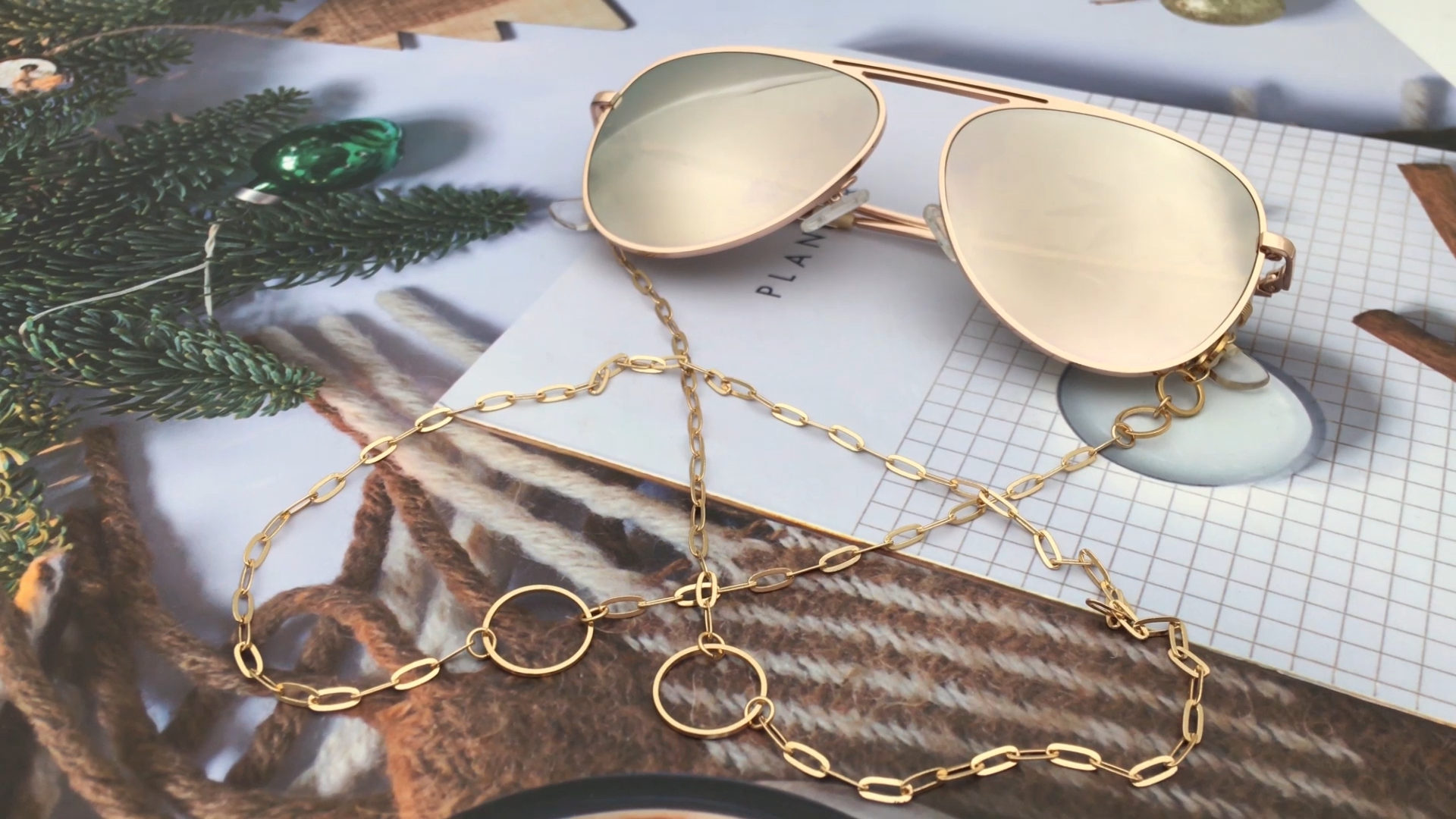 Worldwide fashion design sunglasses chains