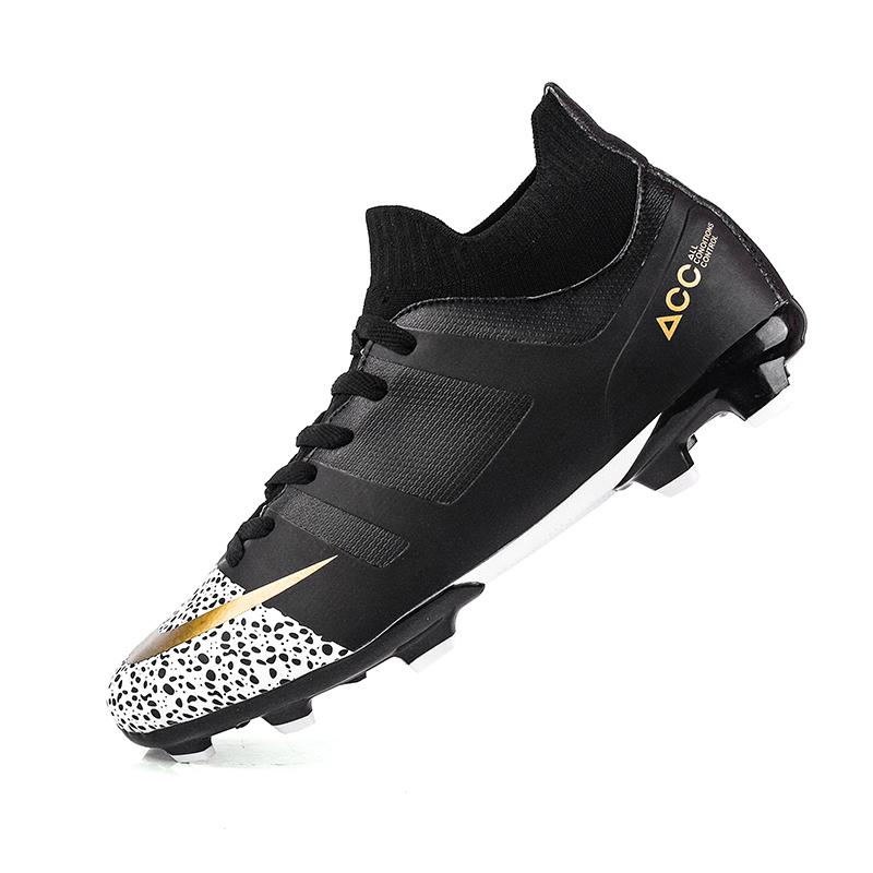 Latest Fashion Men Football Boots New