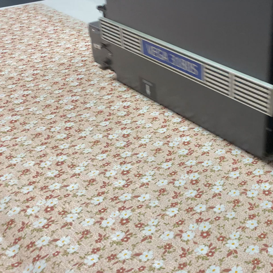 China woven factory Professional designer customized textile digital printing cotton fabric