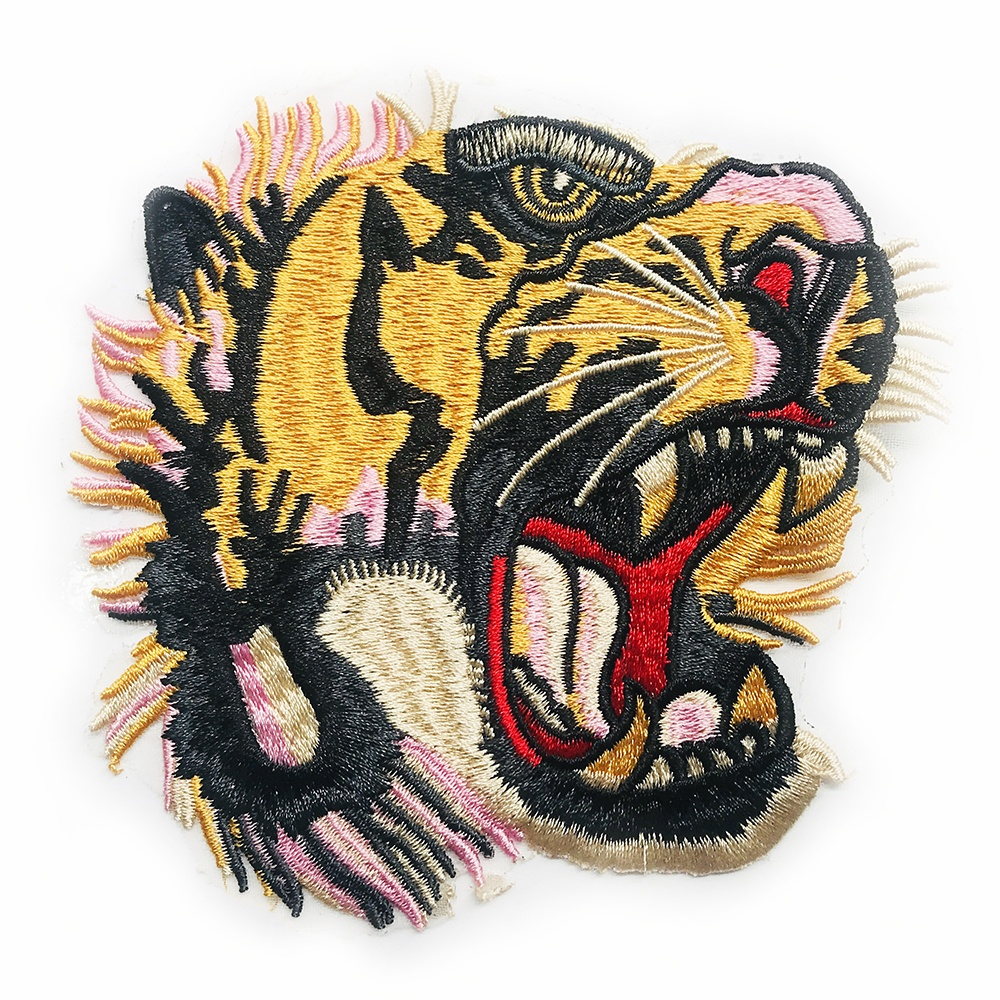 EMBROIDERY PATCH8076.jpg