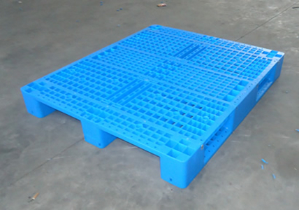 plastic pallet 1200*1000*150 anti-slip 3 runners HDPE