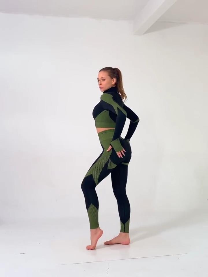 2 piece yoga top with arm hole legging sets 2020 yoga set