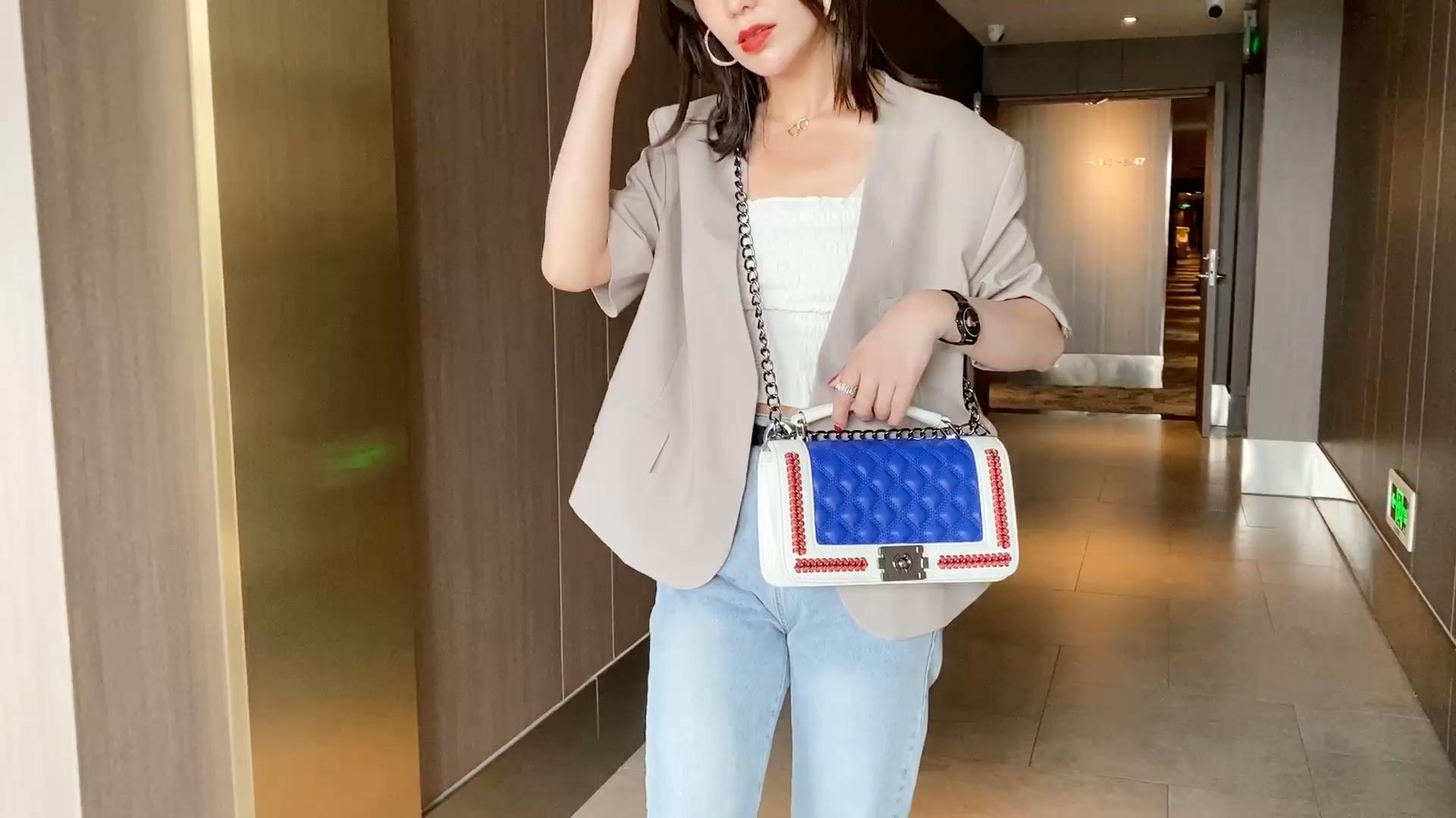 2020 new in stock designer square ladies women fashion retro lingge hand bags handbag