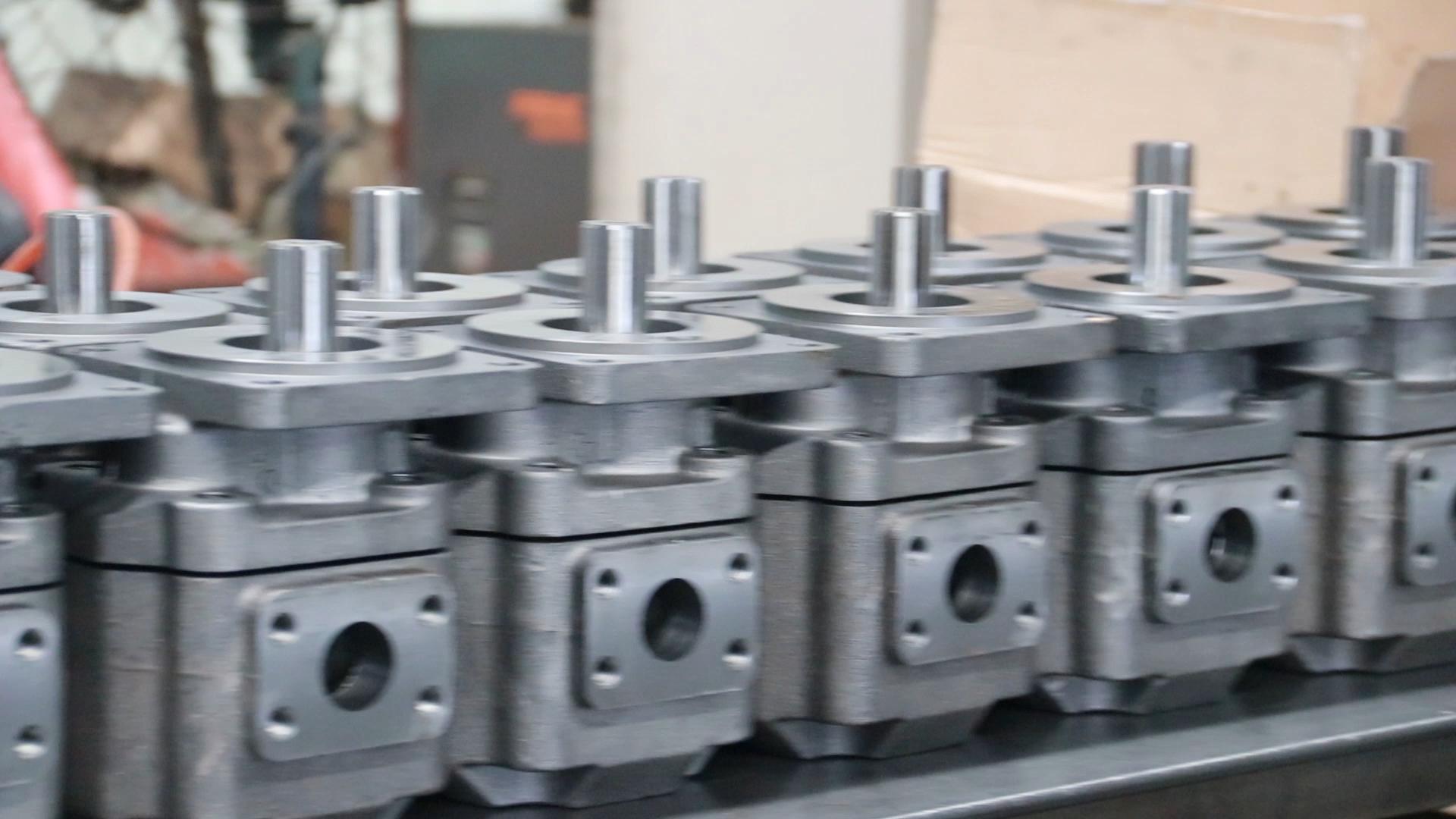 wheel loader spare part XGMA P2100 tcm loader hydraulic pump