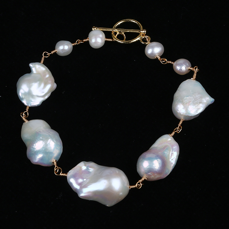 Handmade big baroque pearl with gold plated chain necklace