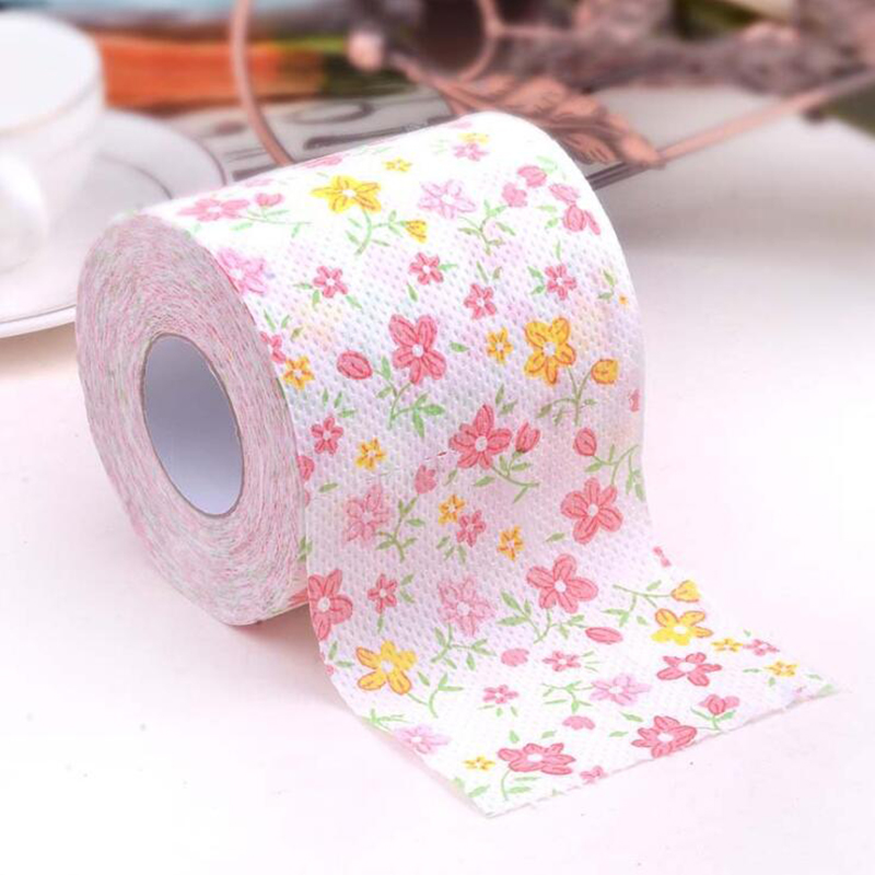 Customize cartoon printed household living room tissue paper Merry Christmas toilet roll paper Xmas decor toilet paper