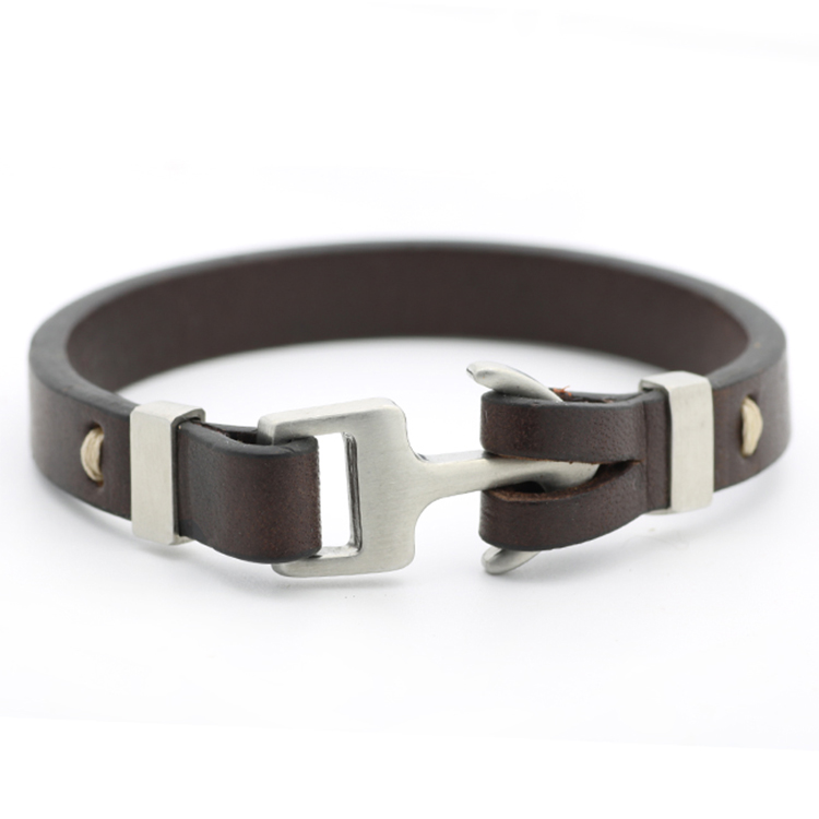 Charming Jewelry Cowhide Bracelet Leather With Stainless Steel Buckle