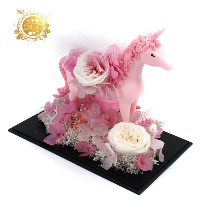 Wholesale Natural Handmade Gift Products Real Natural Preserved Rose and Unicorn In Acrylic Box