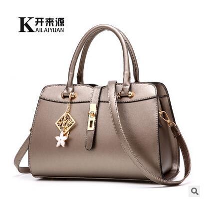 100% женские сумки из натуральной кожи 2020 новые сумки женские модные сумки через плечо милые женские тисненые сумки на плечо(Китай)