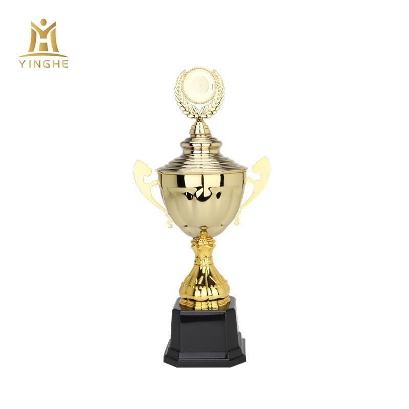 2019 Nuovo di alta qualità di plastica premio trofei per il Campionato di aggiudicazione